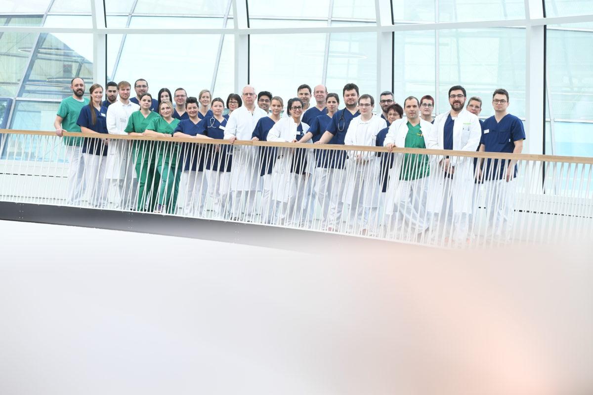 Gruppenfoto des Kardiologie Teams, RHÖN-KLINIKUM Campus Bad Neustadt