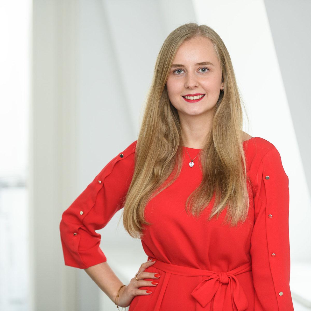 Stefanie Freiberg, Assistentin der Geschäftsbereichsleitung Finanzen und Controlling am Uniklinikum Würzburg